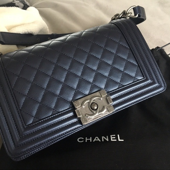 68a44c657fa88 ✨SOLD✨ Chanel Boy Bag Old Medium Caviar